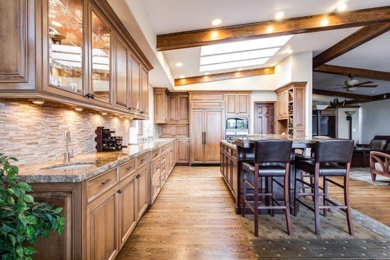 Gdzie można kupić bardzo dobre meble do wnętrza mieszkania czy domu?
